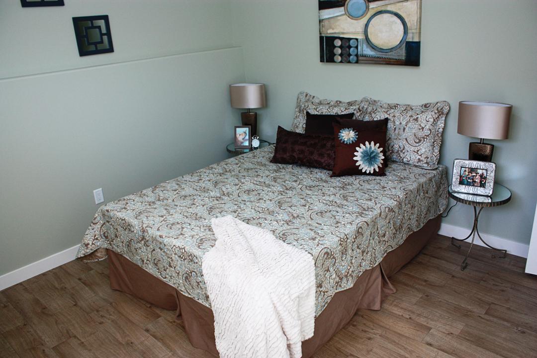 Abba Rock Bedroom Down